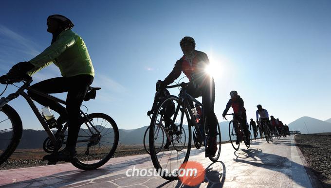 자전거 속도계를 활용하면 다양한 기능으로 보다 효율적인 운동을 가능하게 해준다.