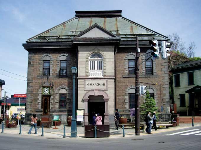 오타루의 명물 중 하나인 오르골당. 전세계에서 수집한 오르골 1만 점이 전시, 판매된다