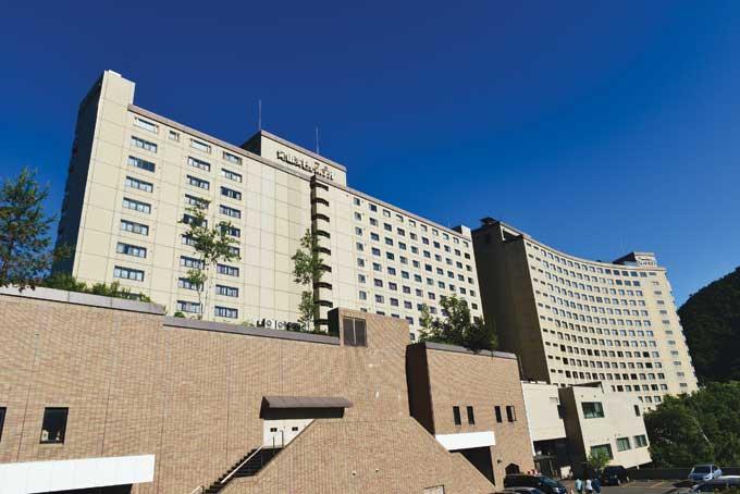 일행이 머문 조잔케이뷰 호텔. 온천지역 최대규모로 최고급 시설와 멋진 조망을 자랑한다