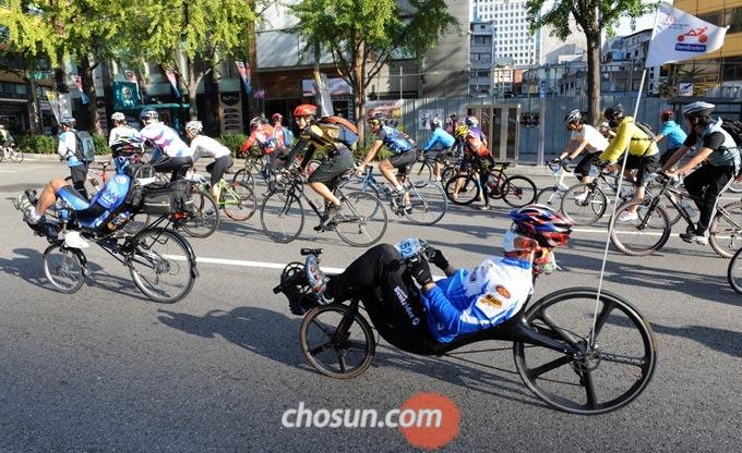 아직 국내에서는 마니아층만이 리컴번트 자전거를 선호하는 편이다.