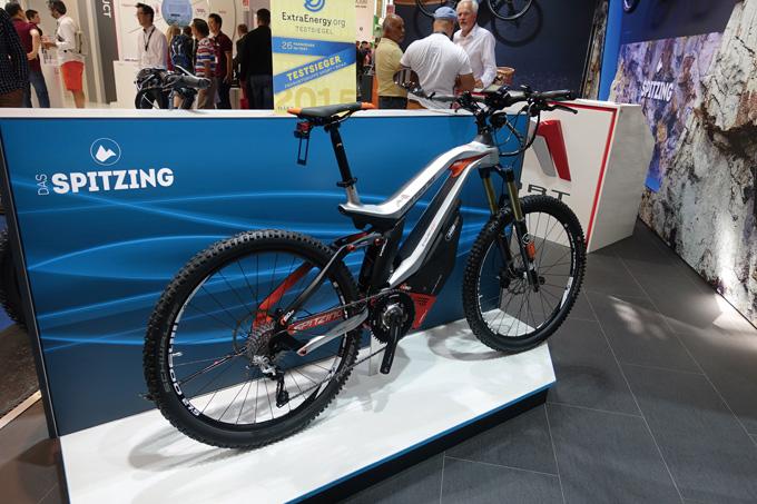작년 유로바이크쇼에서 공개된 독일 스핏징(SPITZING)의 고성능 카본 전기자전거