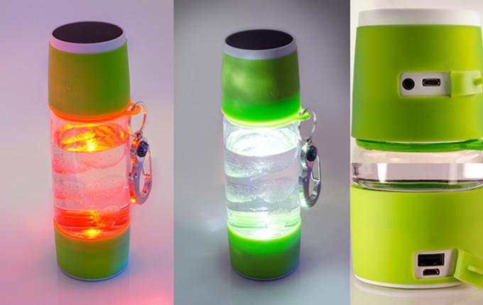 물병 안에 파워풀한 LED 조명을 내장해 상황에 따라 다양한 모드로 연출할 수 있다.