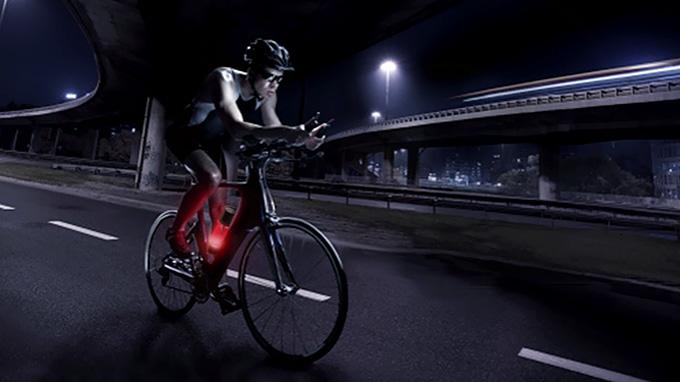 자전거 세계에서도 멀티 제품을 이용한 스마트 라이딩이 대세다.