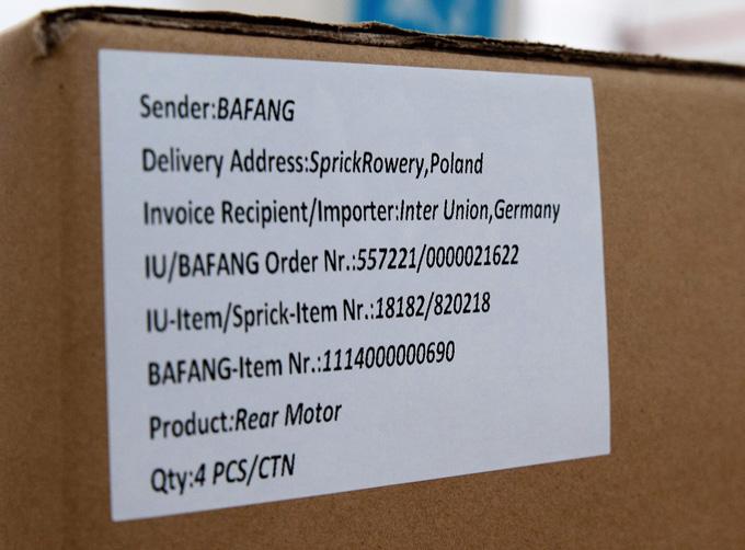 독일 업체가 주문한 리어 모터. 1박스에 4대씩 포장된다.