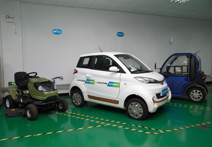 소형차와 ATV용 전기 모터도 개발하고 있다.