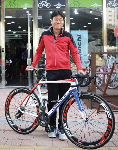 """""""할아버지의 위업을 알려 자전거문화를 부흥시키고 싶다"""""""