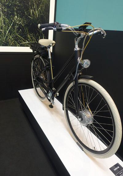 전륜구동 허브모터는 가장 간단하게 전기자전거로 만들 수 있다
