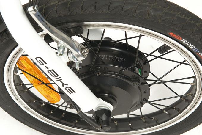 전륜에 장착된 바팡의 모터