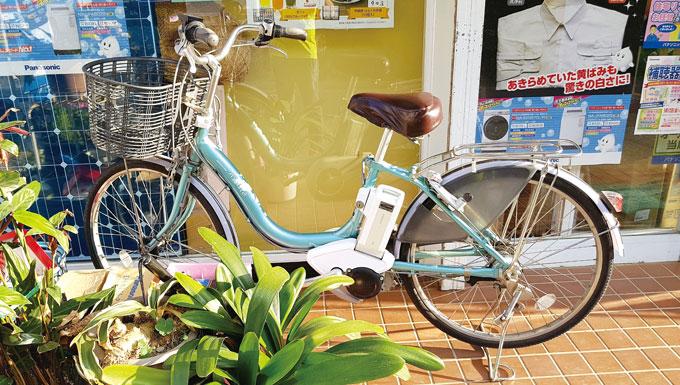 일본의 대중 전기자전거의 원조 야마하(1997년부터 생산/대마도에서 촬영)