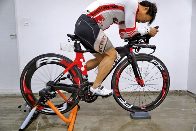 자전거의 종류에 따른 피팅과 자세교정은 반드시 전문가를 통해 단계적으로 받아야 한다.
