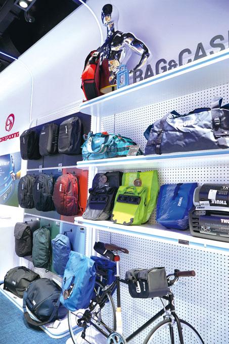 전기자전거와 잘 어울리는 가방 제품