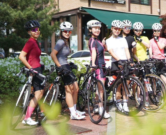 초보 여성 라이더를 위한 '자전거 다루는 방법'