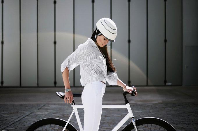 클로스카 푸가 헬멧의 최대 장점은 디자인이다.