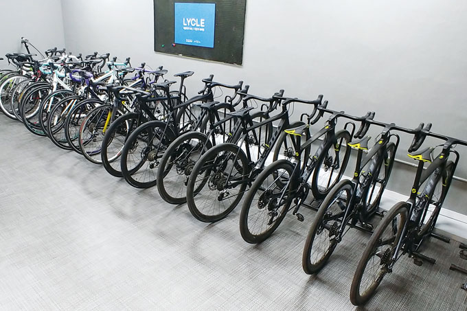 서울 방배동에 위치한 피에디트에서 시승행사중인 스캇 자전거들.