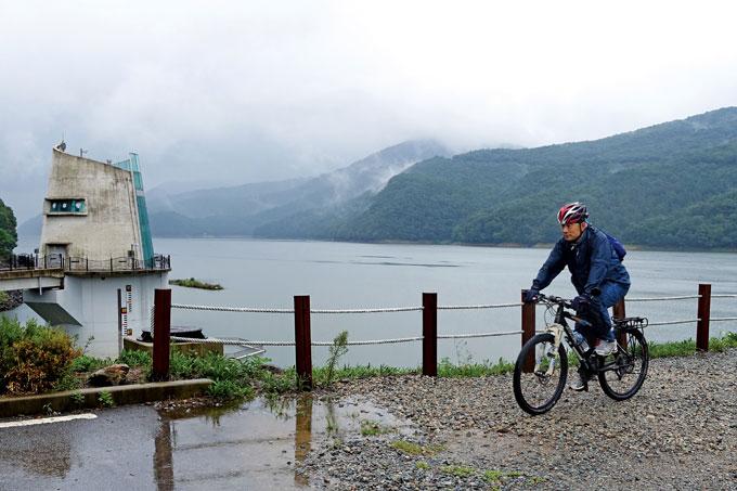 황룡강 물을 담은 장성호는 멀리 광산·나주·함평까지 물길을 나눠준다.(장성읍)
